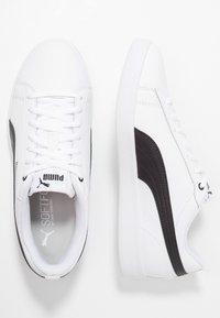 Puma - SMASH - Sneakersy niskie - white/black - 3