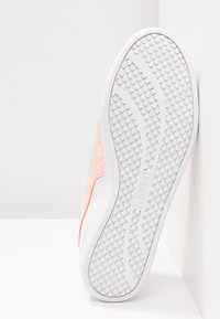 Puma - SMASH - Baskets basses - white/peach parfait/silver - 6