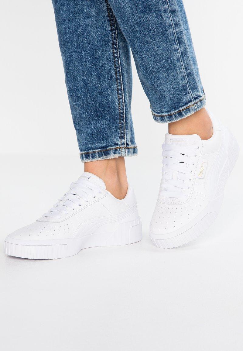 Puma - CALI - Sneaker low - white