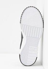 Puma - CALI - Sneaker low - white/black - 6