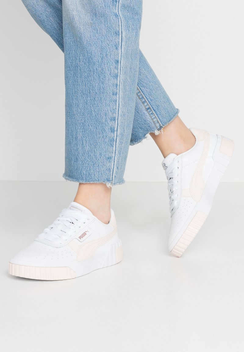 Puma - CALI - Baskets basses - white/rosewater