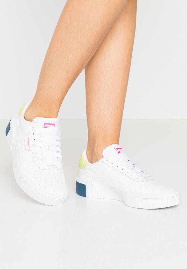 CALI - Sneakers - white/luminous pink