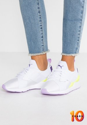 MUSE EXCLUSIVE - Tenisky - white/electric purple
