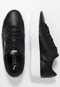 Puma - VIKKY STACKED - Sneakersy niskie - black - 3