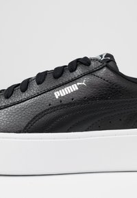 Puma - VIKKY STACKED - Sneakersy niskie - black - 2