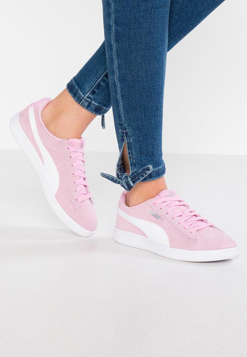 Puma - VIKKY - Sneaker low - pale pink