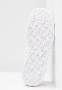 Puma - VIKKY - Sneakers basse - black/white/silver - 6