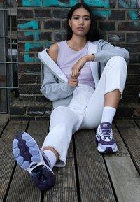 Puma - CELL  - Sneakersy niskie - sweet lavender/indigo - 3