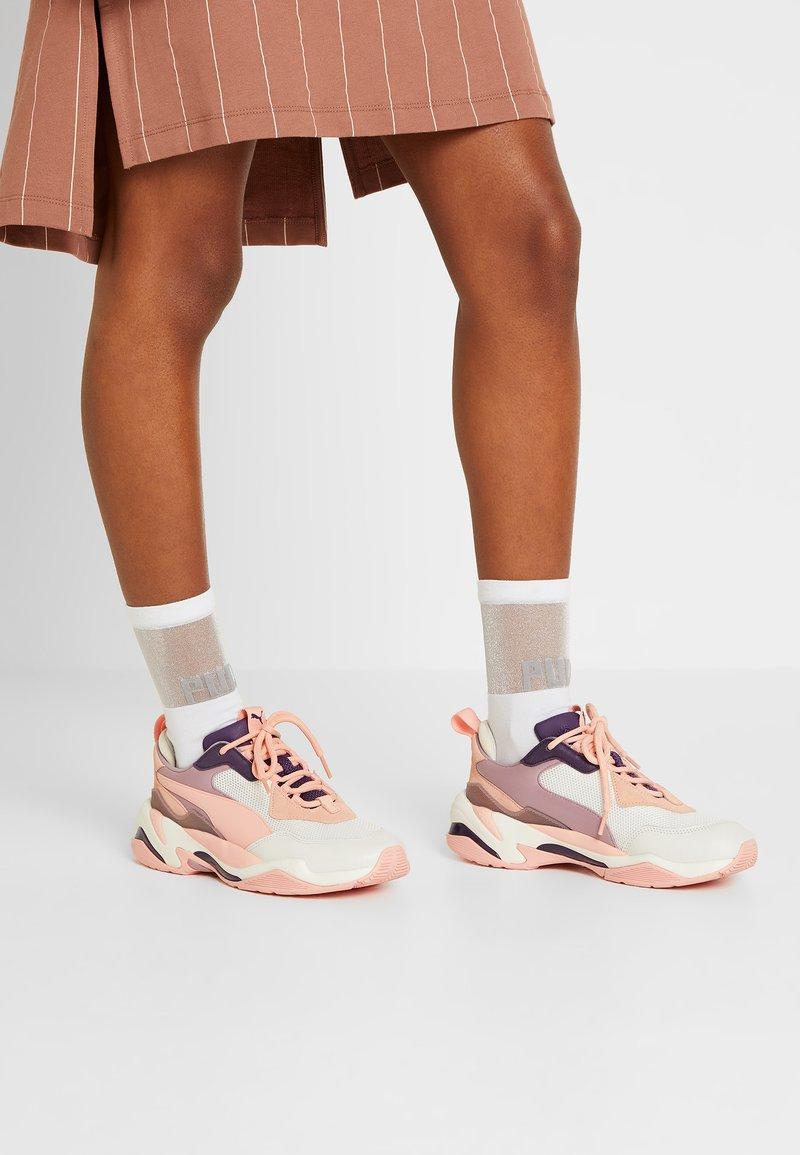Puma - THUNDER FASHION - Sneakers - marshmallow/peach bud