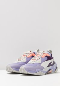 Puma - THUNDER FASHION - Sneakersy niskie - sweet lavender/bright peach - 6