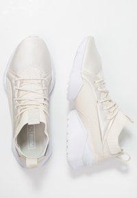 Puma - MUSE MAIA PREMIUM - Matalavartiset tennarit - whisper white/white - 3