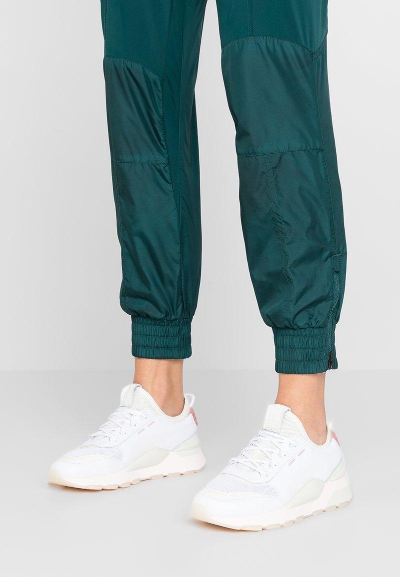 Puma - TRACKS - Sneakers - white/marshmallow
