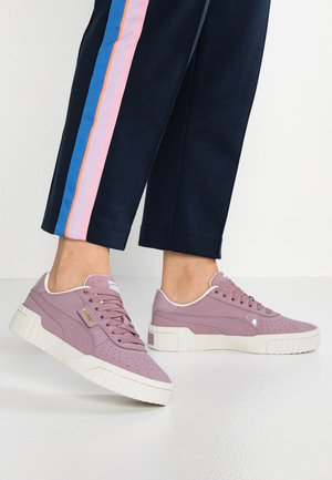CALI  - Sneaker low - elderberry