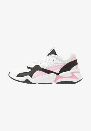 NOVA 90'S BLOC - Zapatillas - white/pale pink