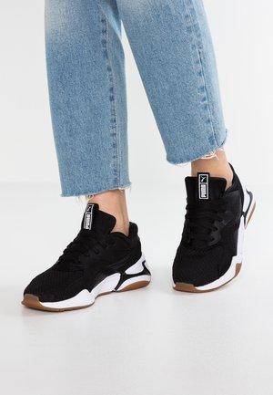 NOVA 90'S BLOC - Sneakers laag - black