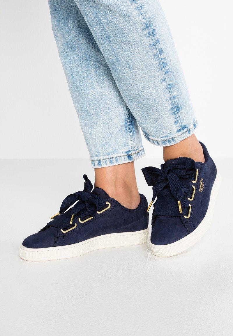 Puma - BASKET HEART SOFT - Sneakers - peacoat/marshammlow