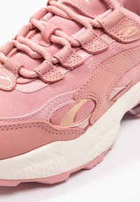 Puma - CELL  - Trainers - bridal rose/marshmallow - 2