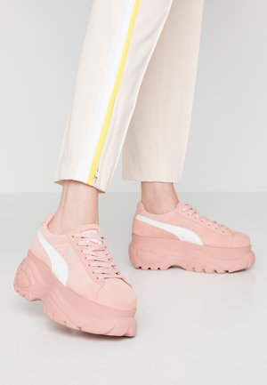 SUEDE CLASSIC X - Trainers - mellow rose/white
