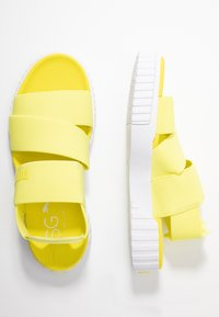 Puma - CALI X SG - Platform sandals - soft fluo yellow/white - 3