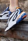 Puma - CELL STELLAR - Trainers - black/surf the web/vibrant orange