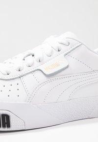 Puma - CALI BOLD - Baskets basses - white/metallic gold - 2