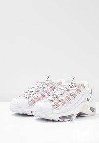 Puma - CELL ENDURA REBOUND - Sneakersy niskie - white/bridal rose - 4