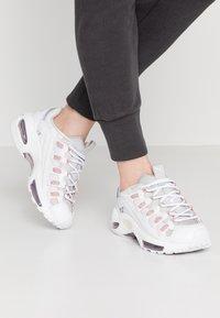 Puma - CELL ENDURA REBOUND - Sneakersy niskie - white/bridal rose - 0