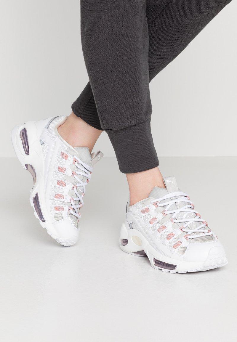 Puma - CELL ENDURA REBOUND - Sneakersy niskie - white/bridal rose