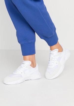 STORM ORIGIN - Zapatillas - white