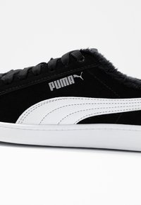 Puma - VIKKY V2 - Baskets basses - black/white/silver - 2