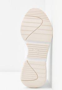 Puma - NOVA - Sneakers laag - white - 6
