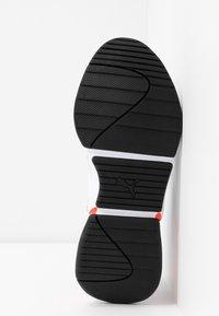 Puma - NOVA - Zapatillas - white/surf the web/pink alert - 6