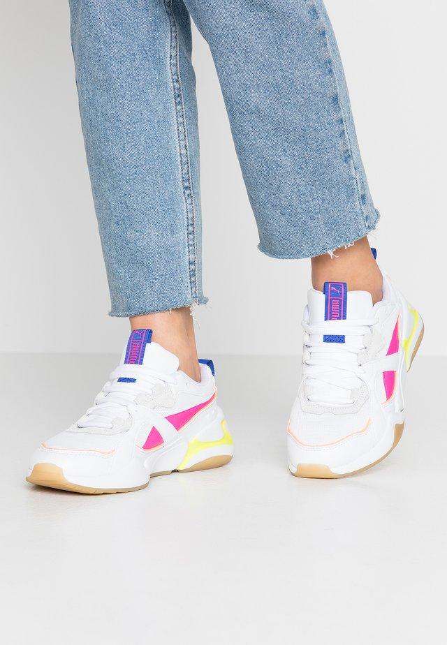 NOVA - Sneakers basse - white/plein air