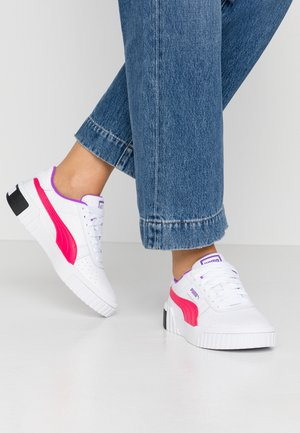 CALI CHASE - Sneaker low - white/energy rose