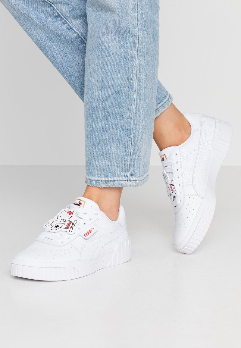 Puma - CALI HELLO-KITTY  - Sneakers laag - white/prism pink
