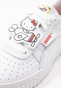 Puma - CALI HELLO-KITTY  - Sneakers laag - white/prism pink - 2