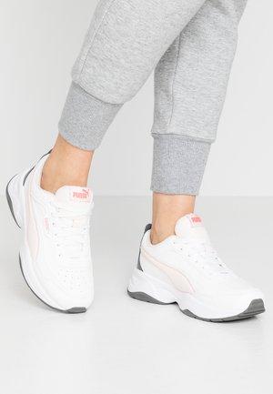 CILIA MODE - Sneakers laag - puma white/rosewater/castlerock/sun kissed coral