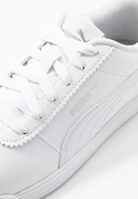 Puma - CARINA SLIM - Sneakersy niskie - white - 2