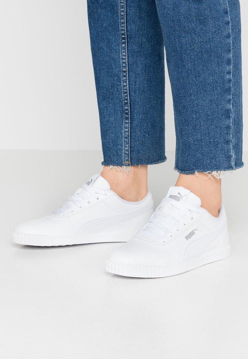 Puma - CARINA SLIM - Sneakersy niskie - white