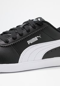 Puma - CARINA SLIM - Baskets basses - black/white - 2