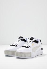 Puma - CALI SPORT MIX - Zapatillas - white/black - 4