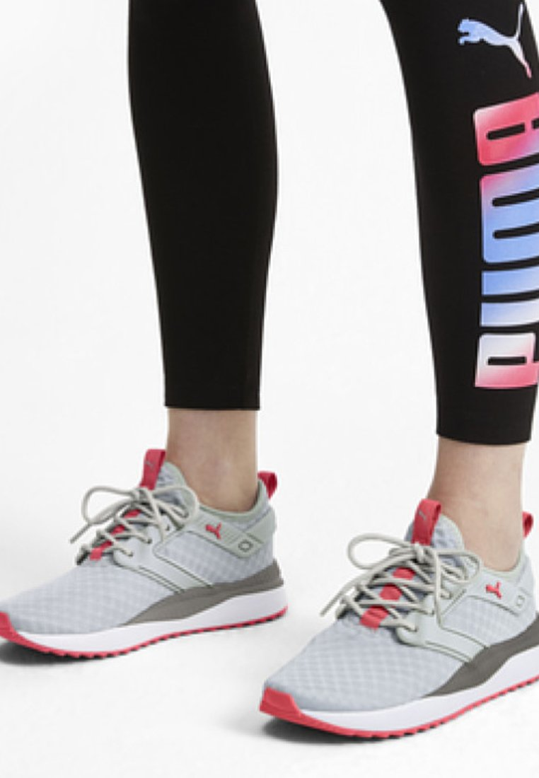 Puma - Sneakers - grey