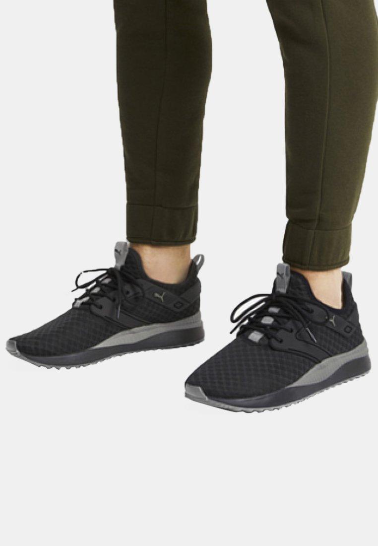 Puma - Sneaker low -  black/charcoal grey