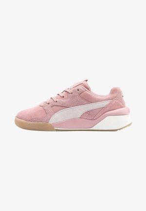 AEON REWIND - Sneakers laag - bridal rose