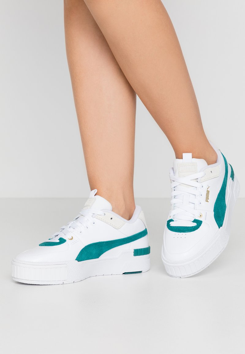 Puma - CALI SPORT HERITAGE  - Baskets basses - white/teal green