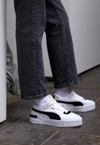 Puma - CALI SPORT HERITAGE  - Baskets basses - white/black - 4