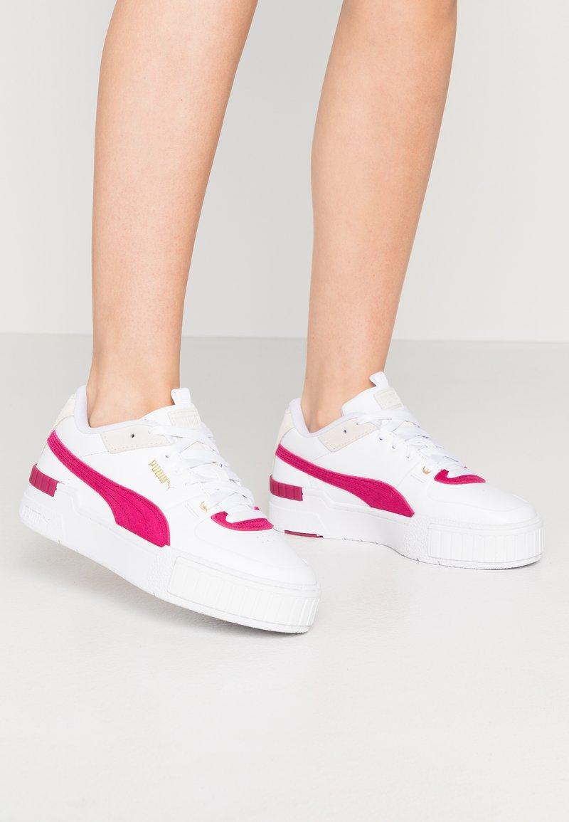 Puma - CALI SPORT HERITAGE  - Baskets basses - white/cerise