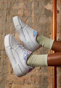 Puma - CALI SPORT GLOW - Baskets basses - white/purple heather - 4