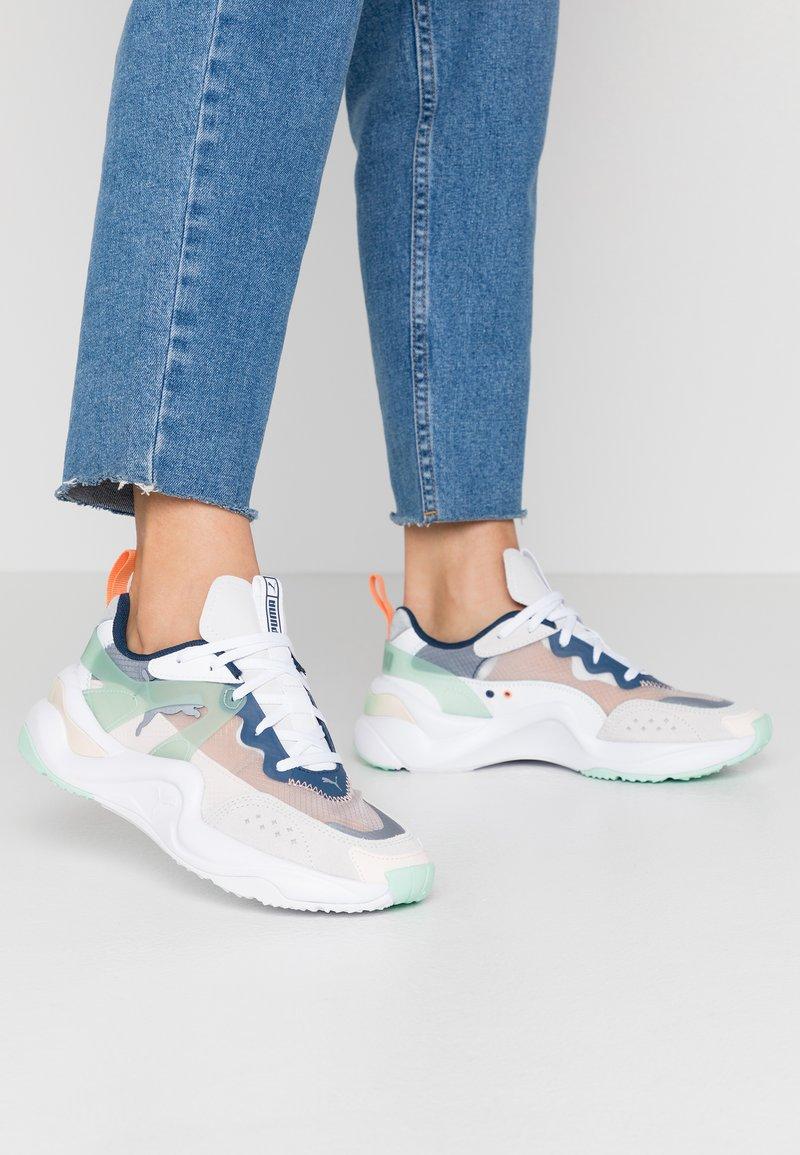 Puma - RISE - Sneakers - puma white/mist green/cantaloupe