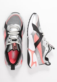 Puma - NOVA 2 FUNK  - Sneakers - metallic silver/ignite pink/black - 3